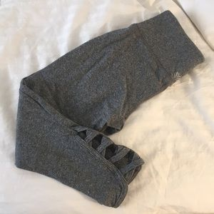 Forever 21 cropped activewear leggings